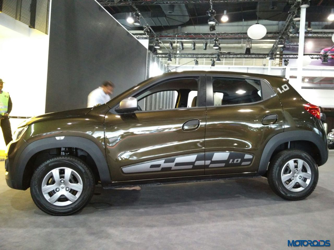 Auto Expo 2016 Renault Kwid 10 Sce And Easy R With Amt Unveiled Engine Diagram 3