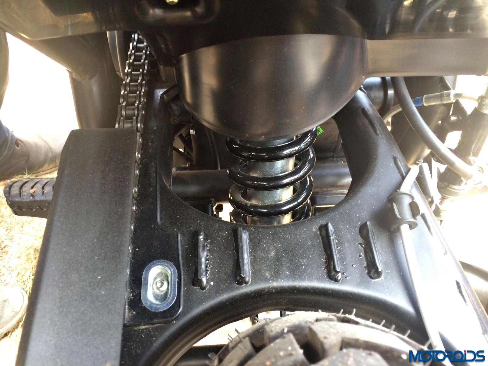 Royal Enfiled Himalayan rear suspension (12)