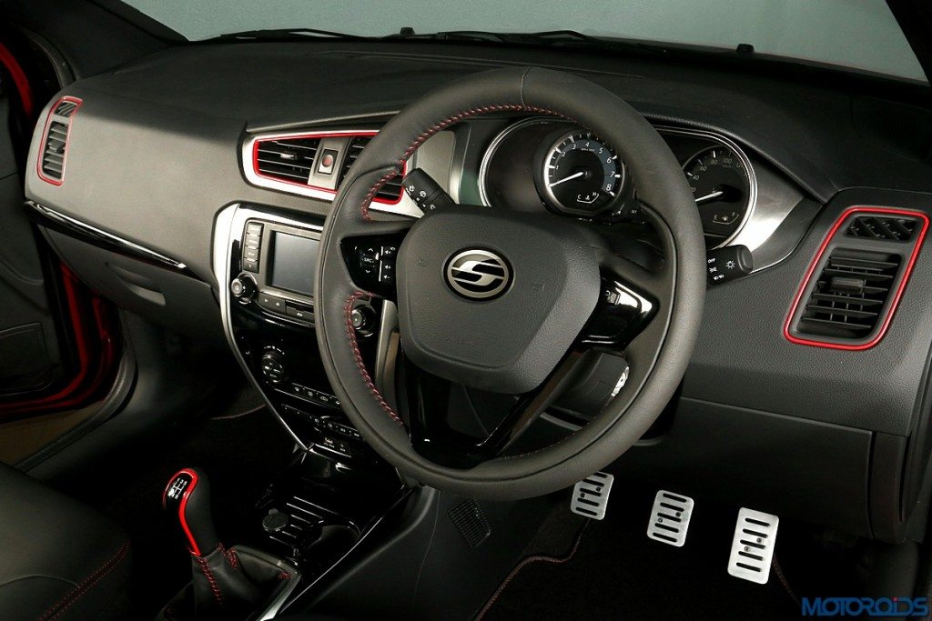 Sporty Performance Hatch - Dashboard