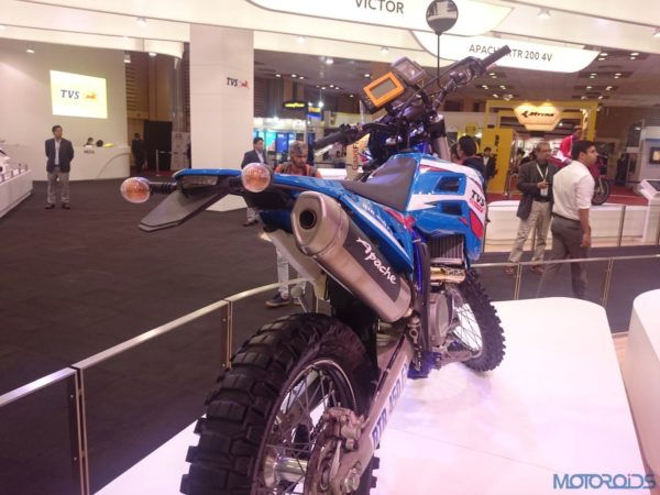 TVS RTR 450 FX at the Auto Expo 2016 (3)