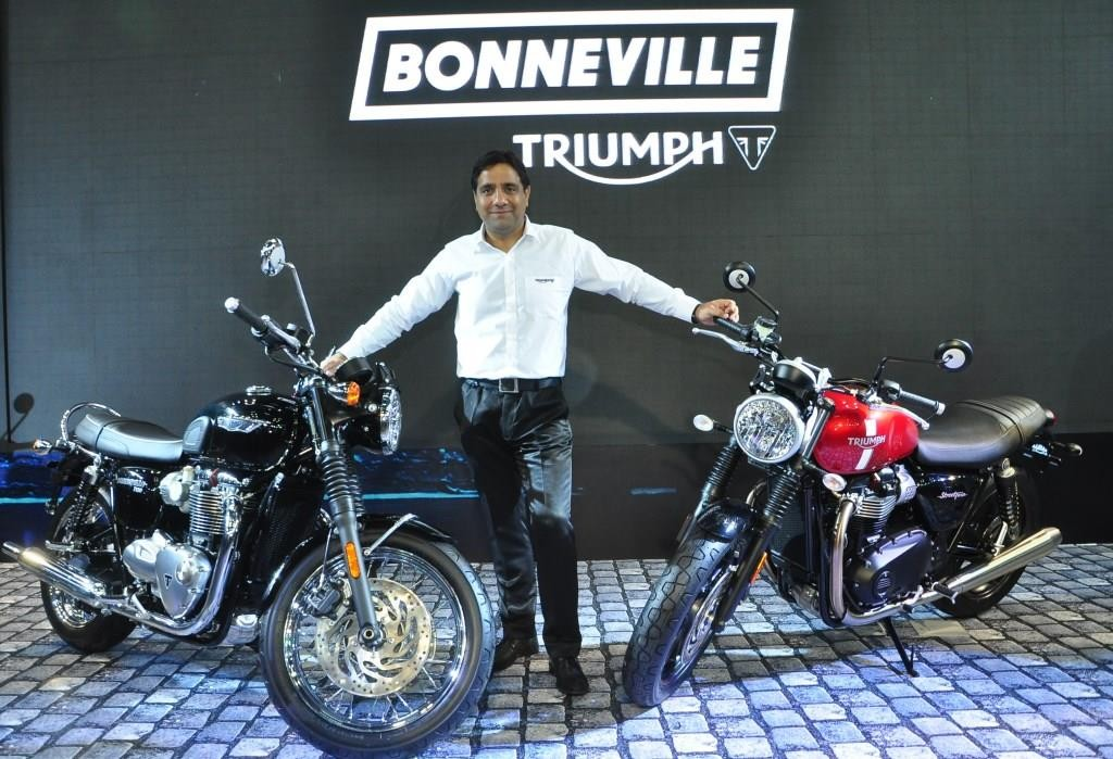 Vimal Sumbly, Managing Director, Triumph Motorcycles India alongside the new Bonneville T 120 and the Street Twin