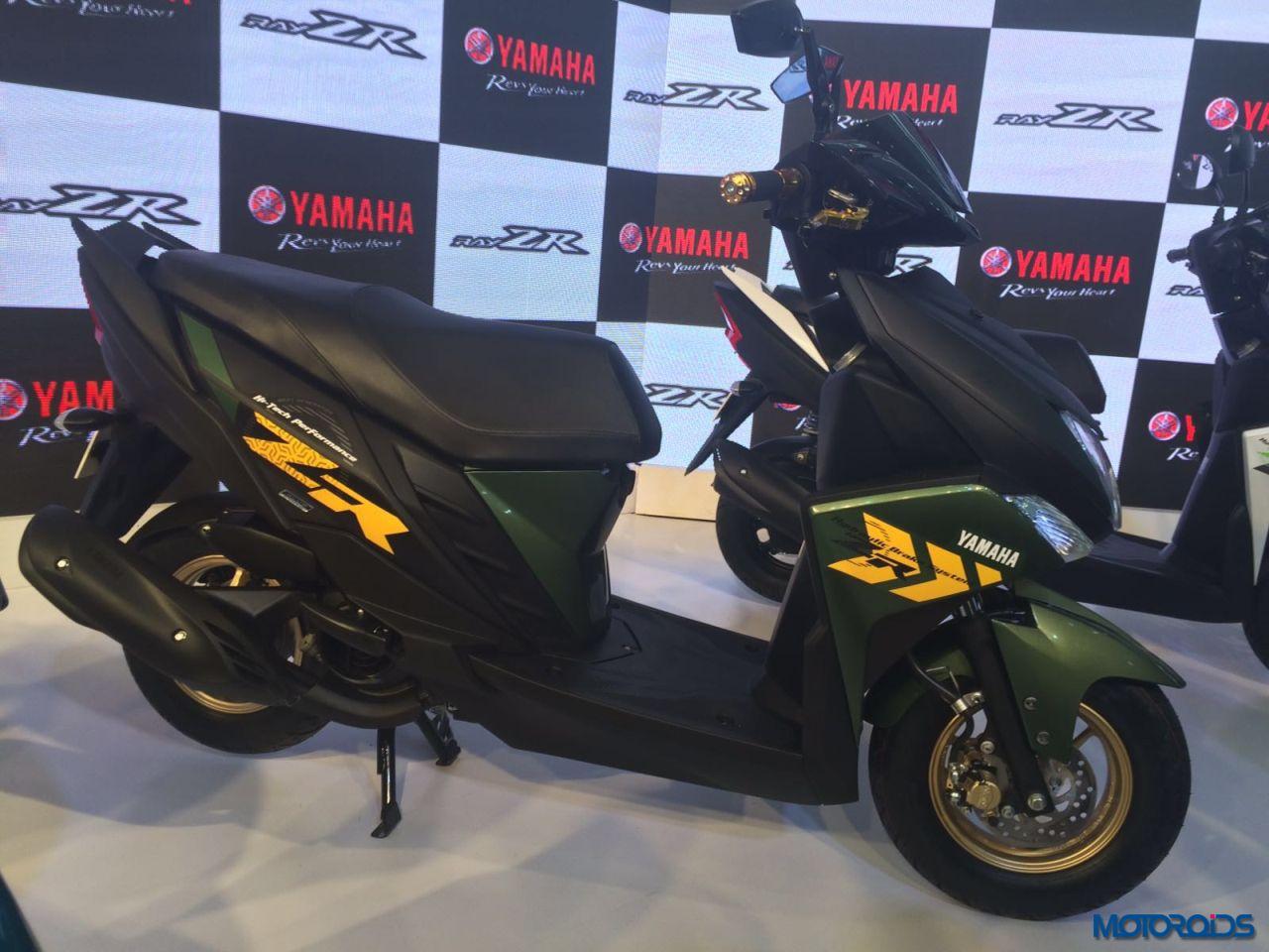Yamaha Cygnus Ray-ZR Auto Expo 2016 (10)