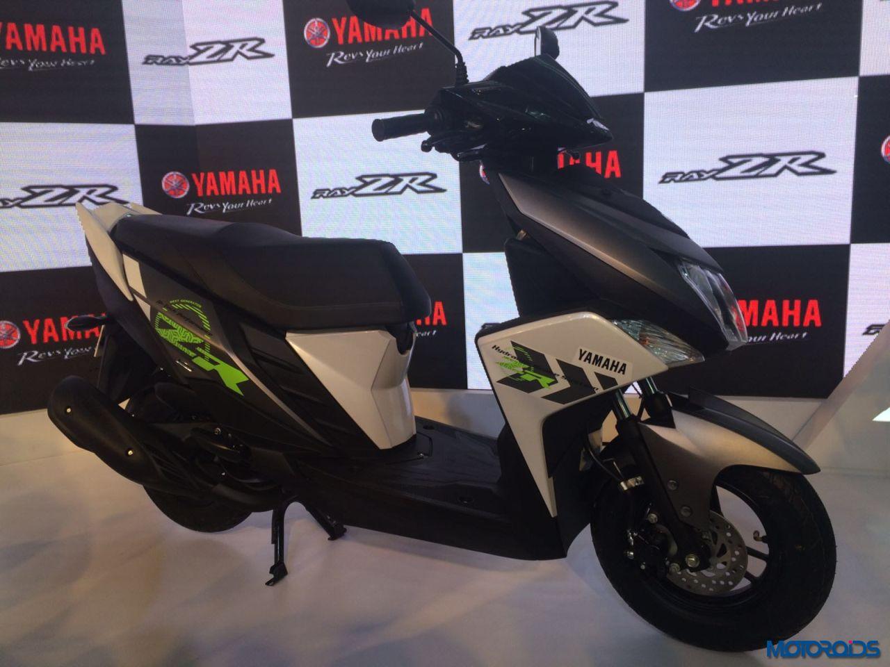 Yamaha Cygnus Ray-ZR Auto Expo 2016 (7)