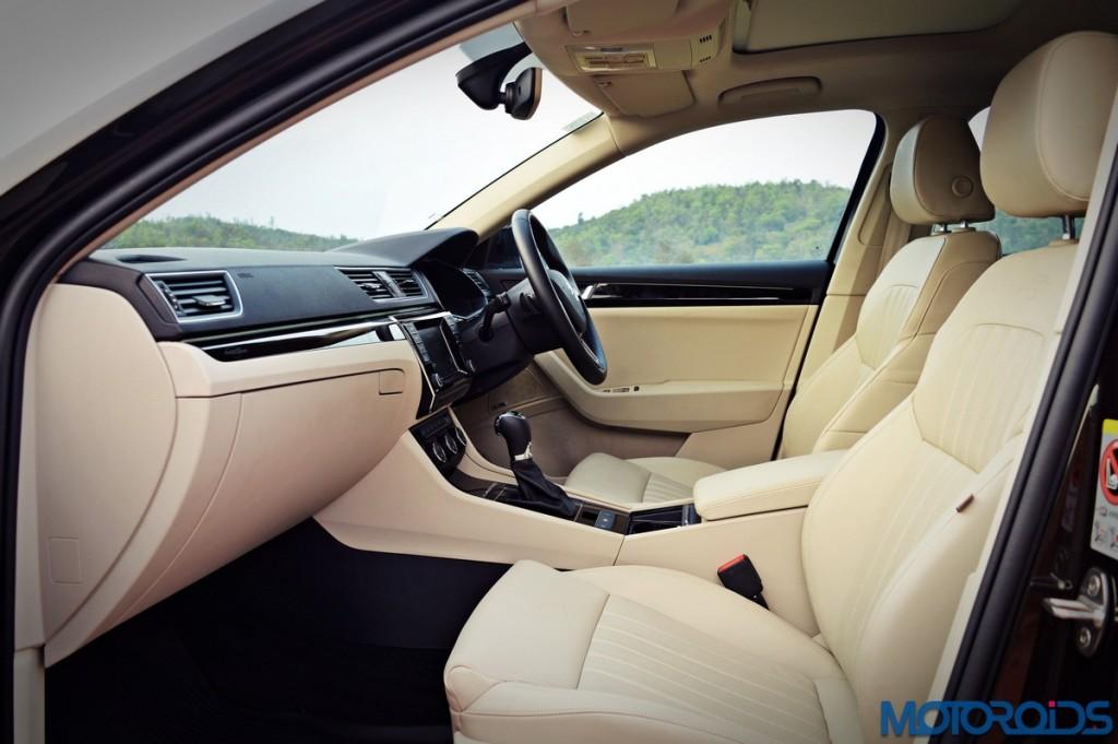 2016 Skoda Superb Front Seats