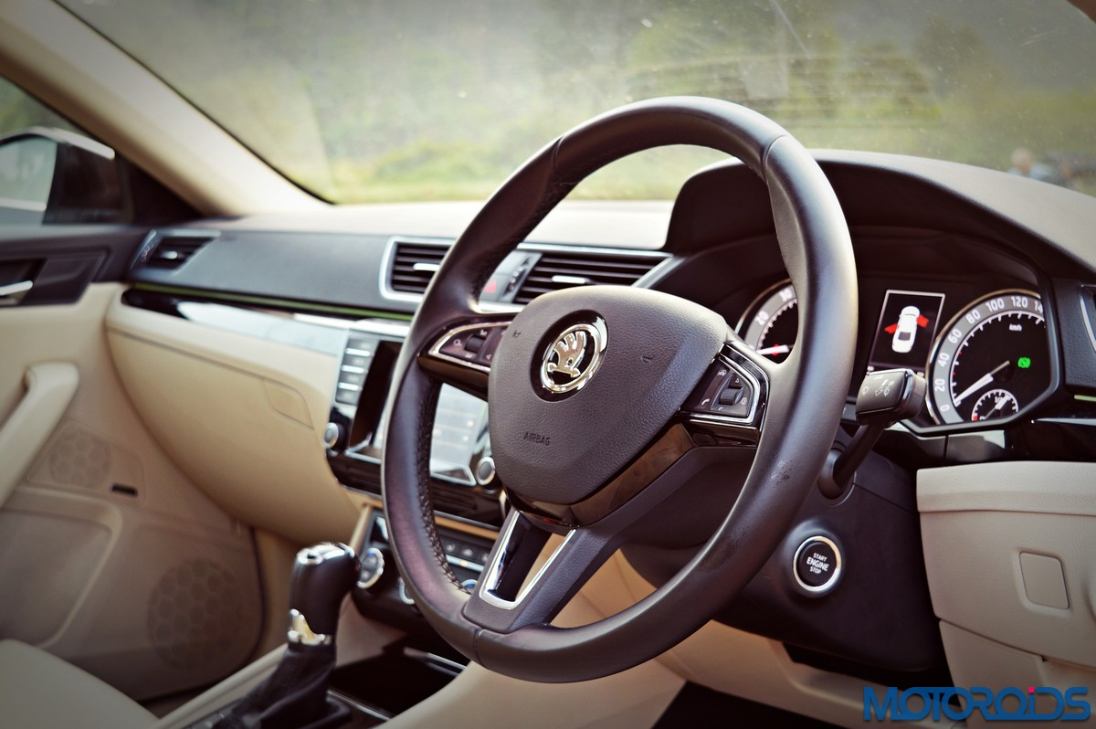 New Skoda Superb Review Tsi Manual Automatic Tdi Cr Steering Wheel Wiring Diagram Apart From Being Wrapped In Leather And Adorned With Chrome Elements The 3 Spoke Has Controls For Radio