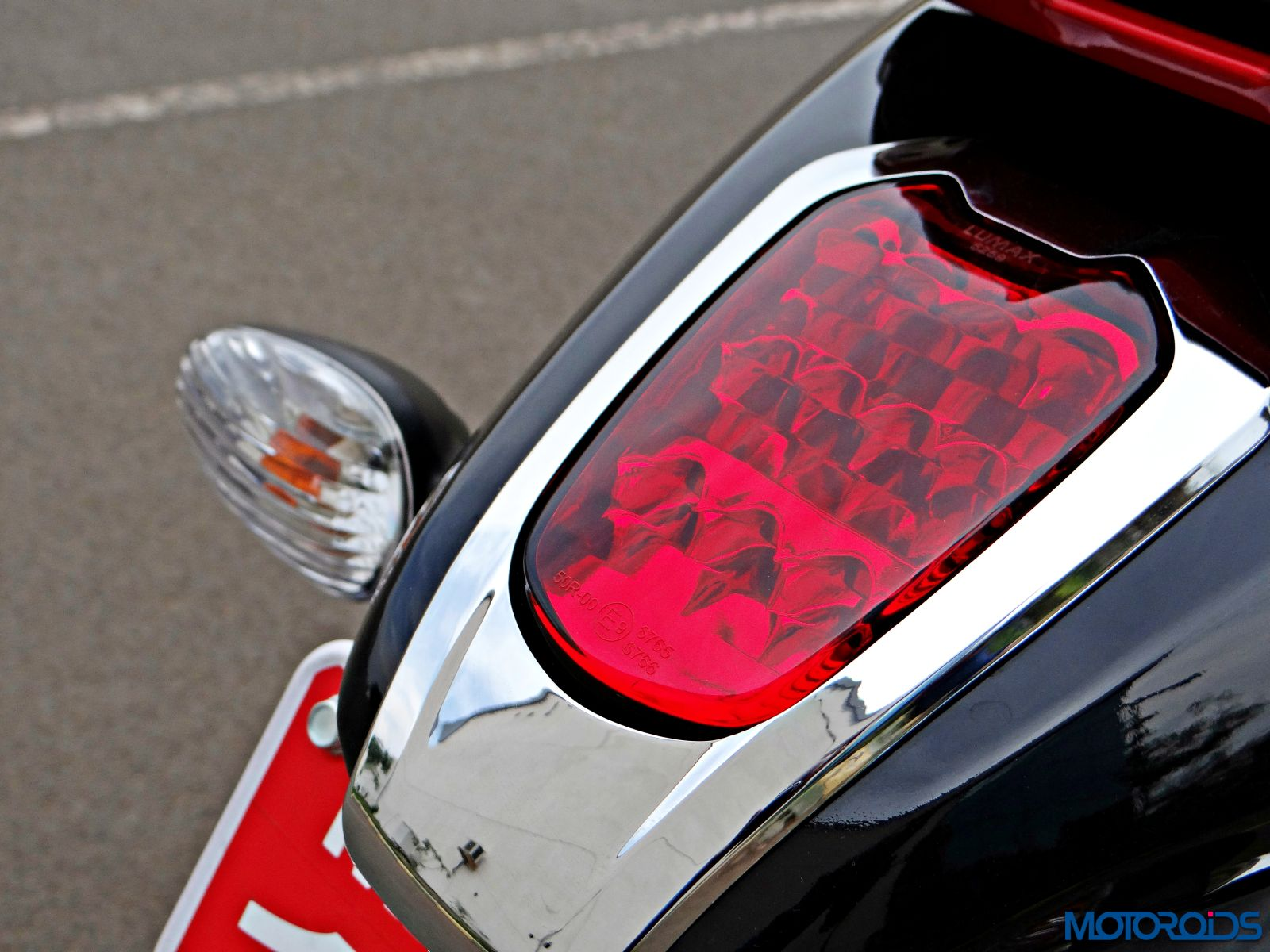Bajaj V15 - Review - Details - Tail Light (2)