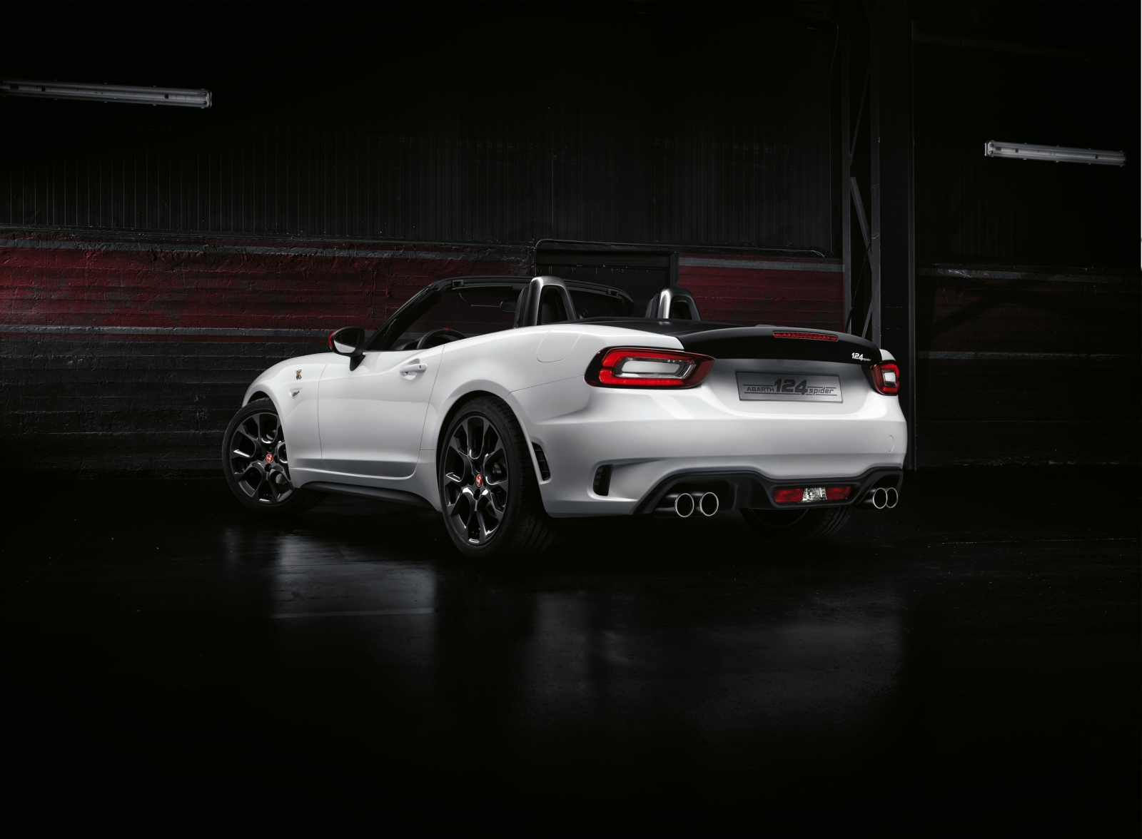 Amazing FIAT Abarth 124 Spider 10