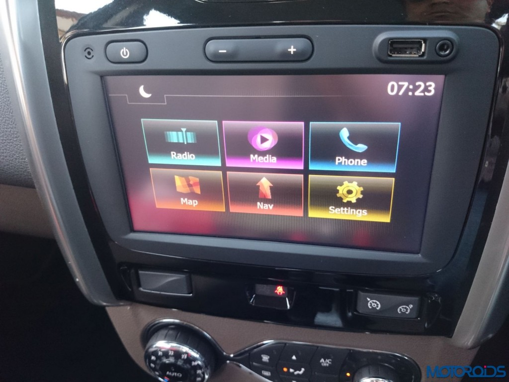 New 2016 Renault Duster AVN system(83)