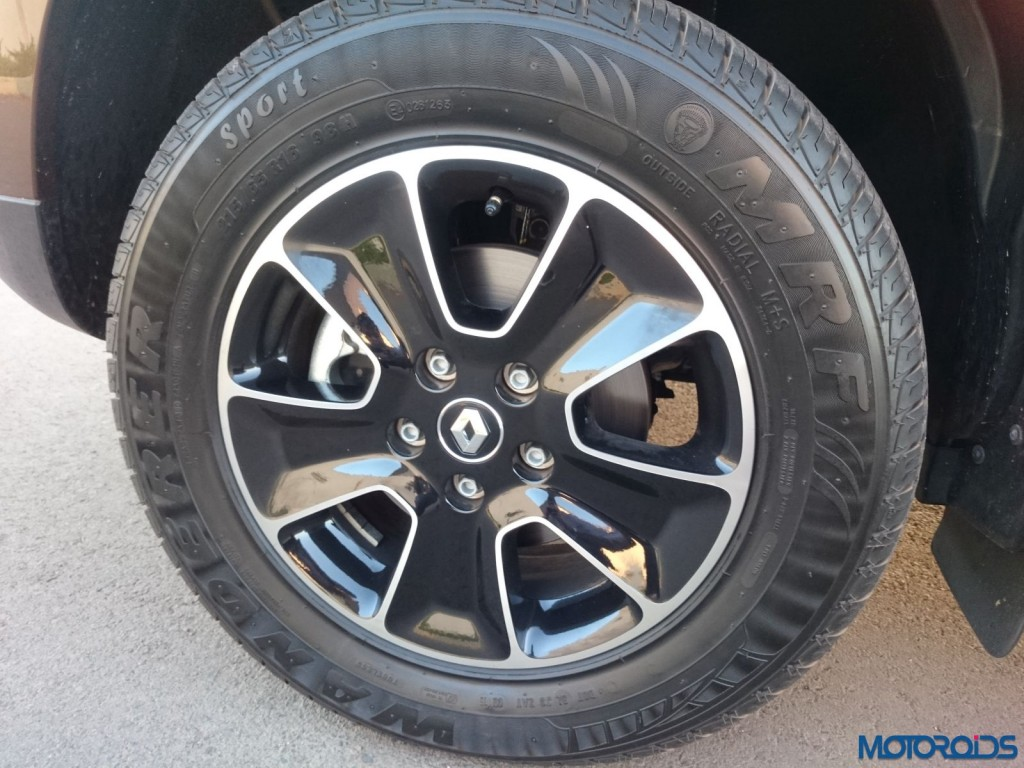 New 2016 Renault Duster Gun metal alloy wheels(14)