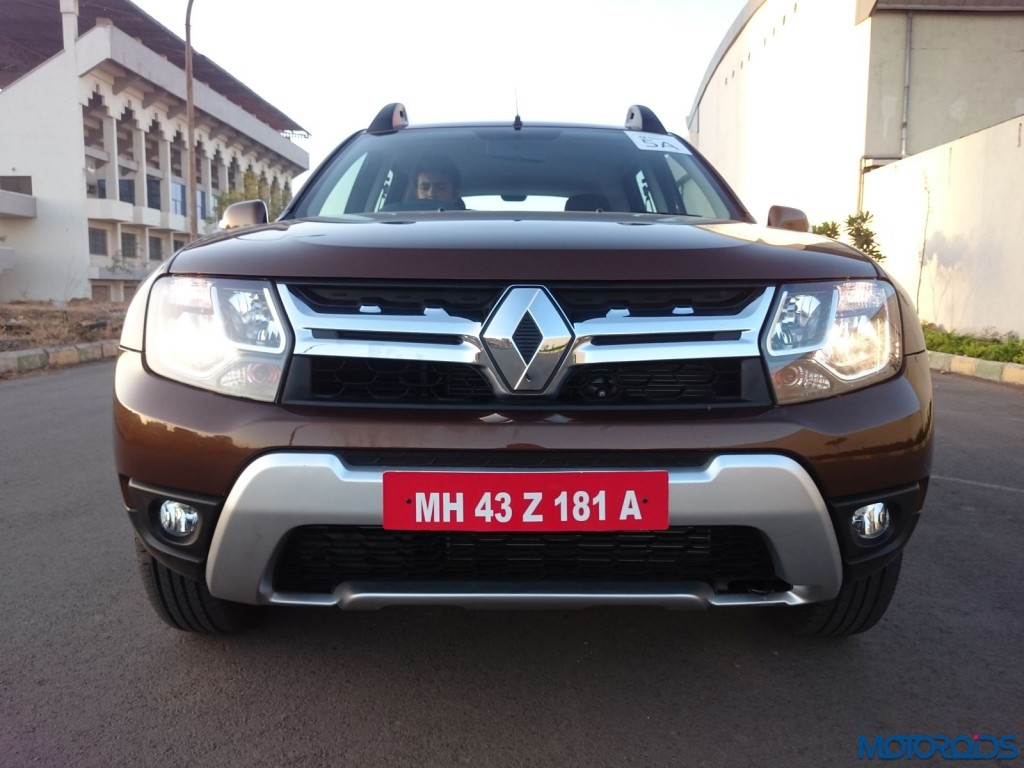 New 2016 Renault Duster front fascia (32)