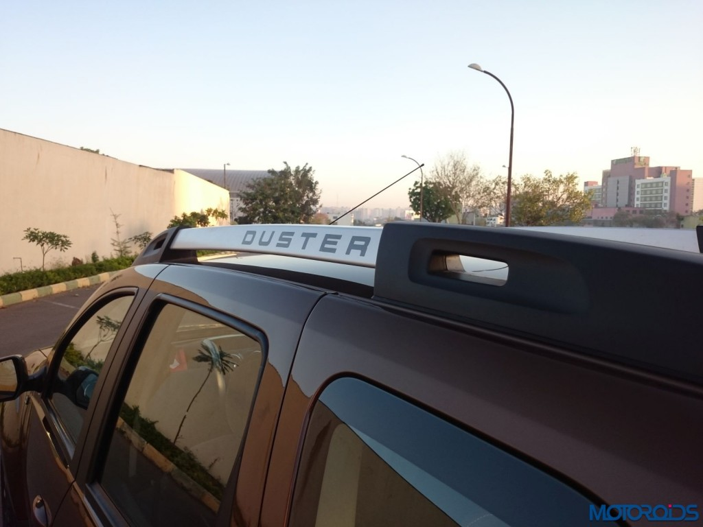 New 2016 Renault Duster roof rail (20)