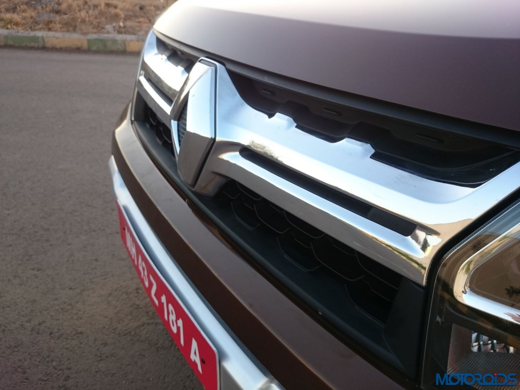 New 2016 Renault Duster wing slat grille (10)