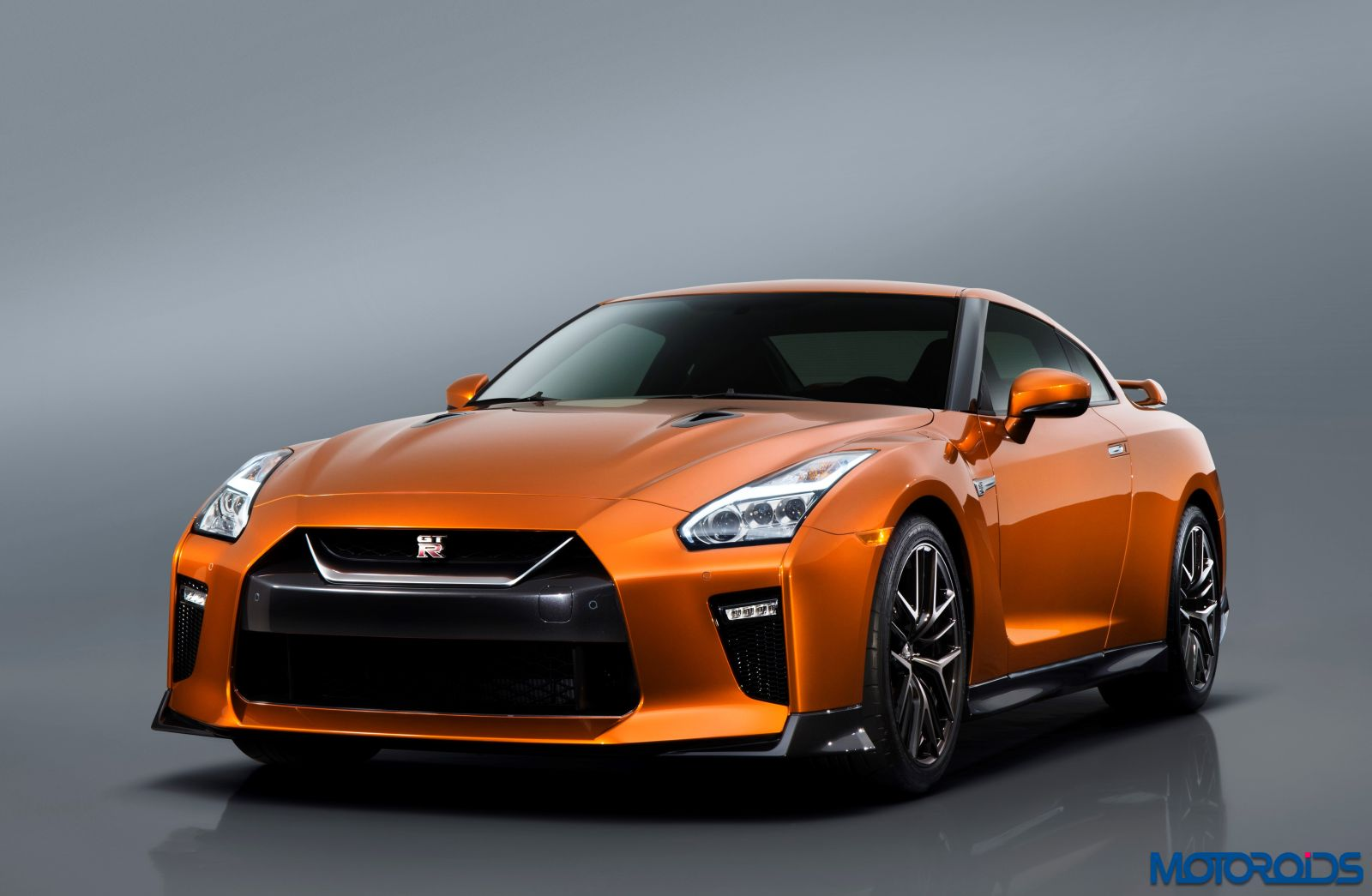 New 2017 Nissan GT-R - Exterior (4)