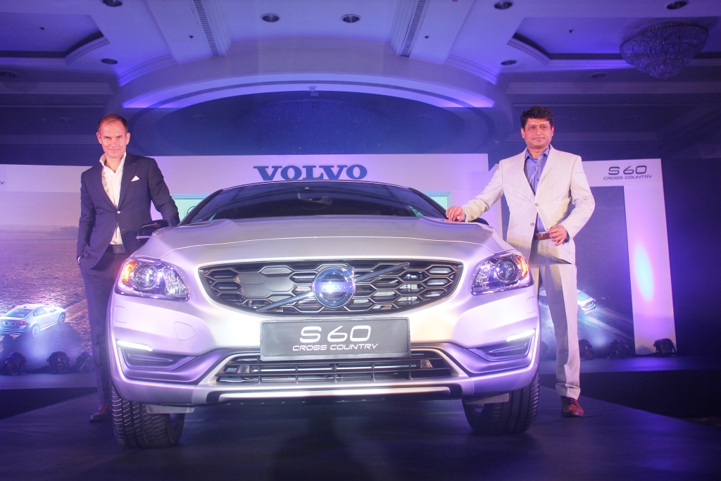 Volvo S60 Cross Country (1)