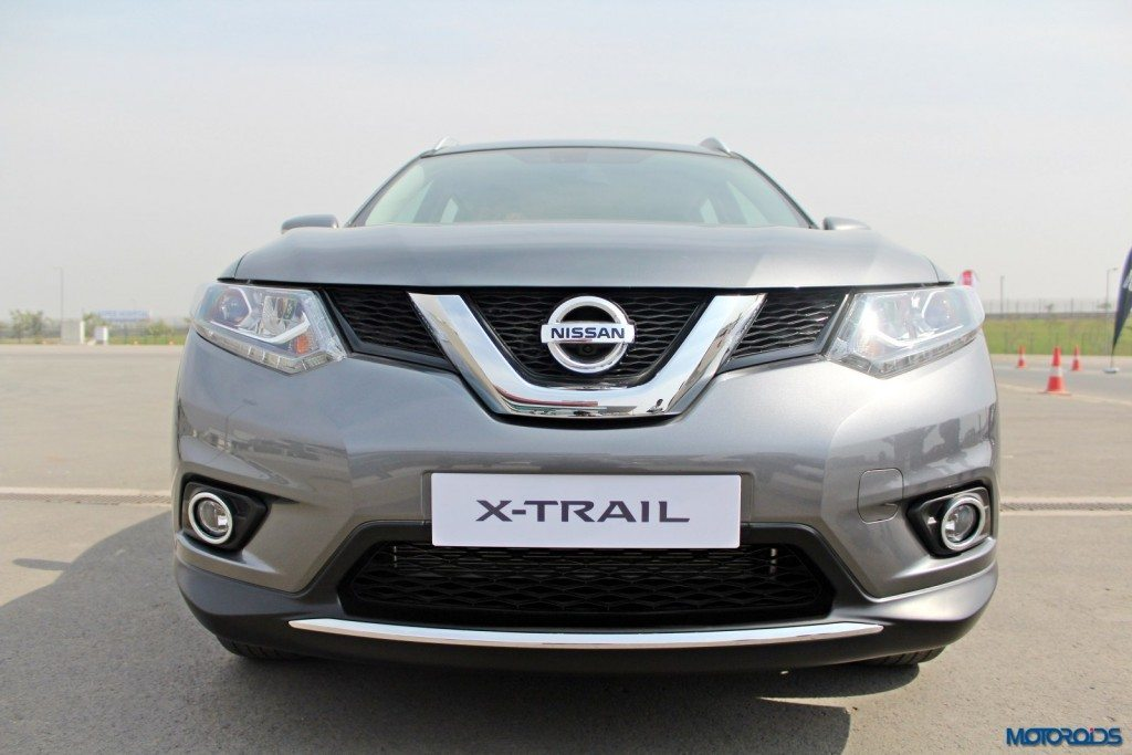 new 2016 Nissan X-Trail Hybrid India exterior (2)