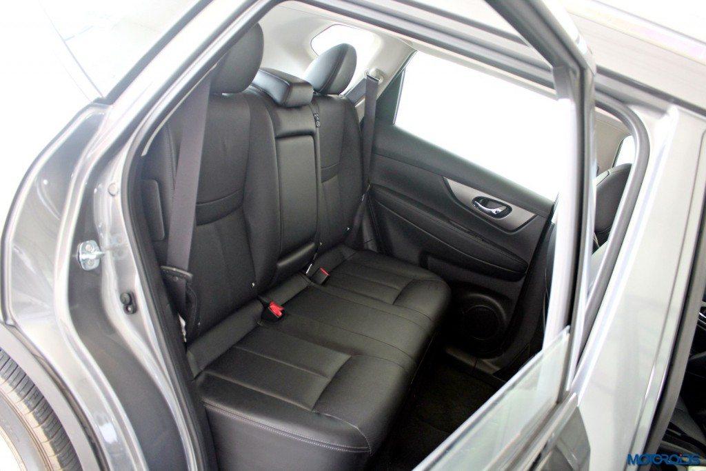 new 2016 Nissan X-Trail Hybrid India seats (2)