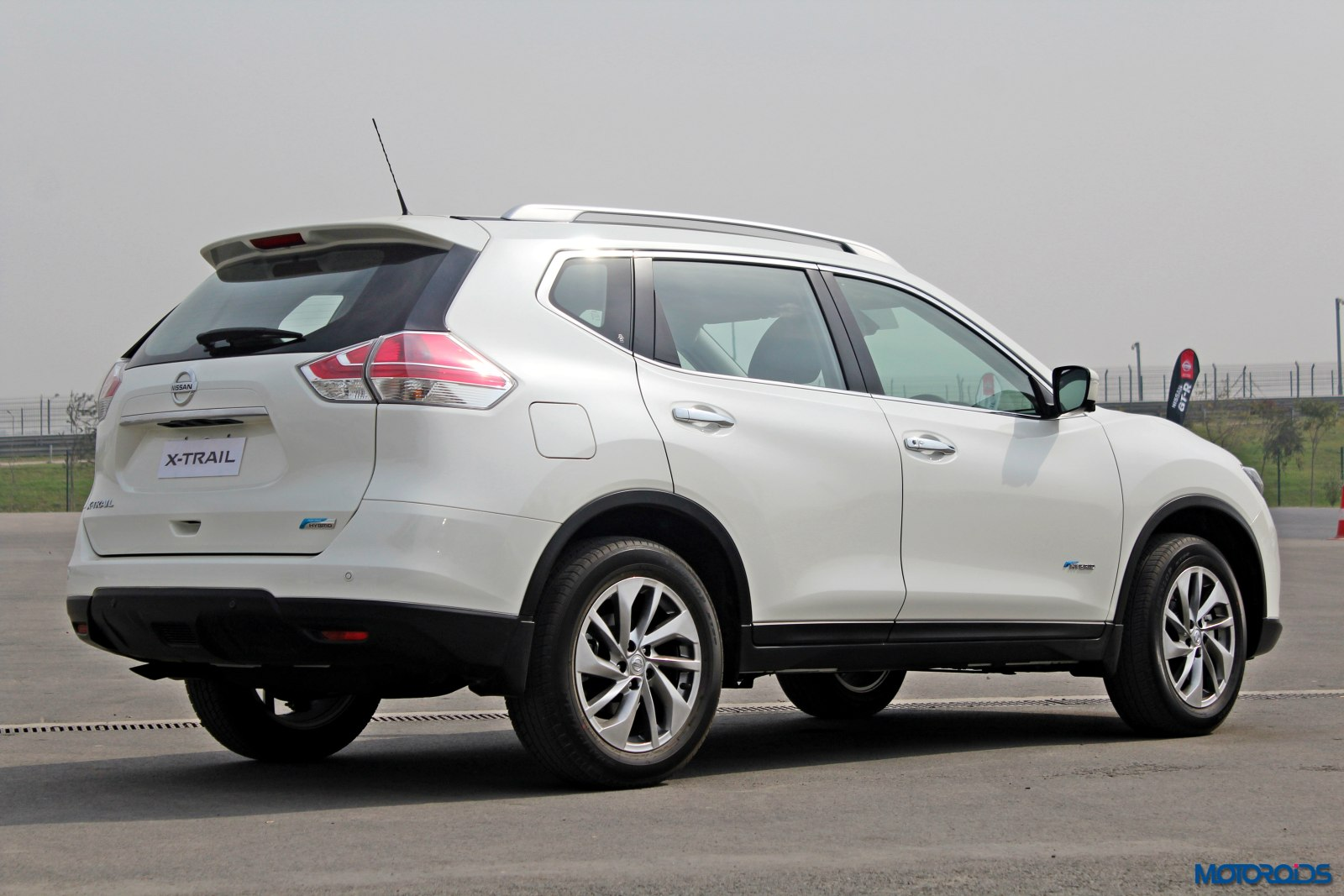 new 2016 nissan x trail hybrid india review lean muscle. Black Bedroom Furniture Sets. Home Design Ideas
