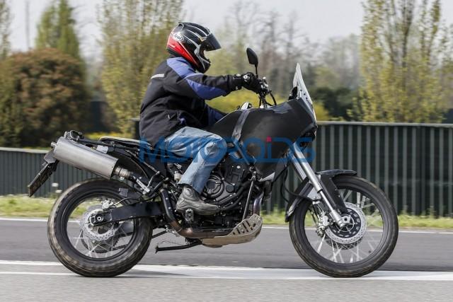 18042016-Moto-Yamaha-MT07-640x427