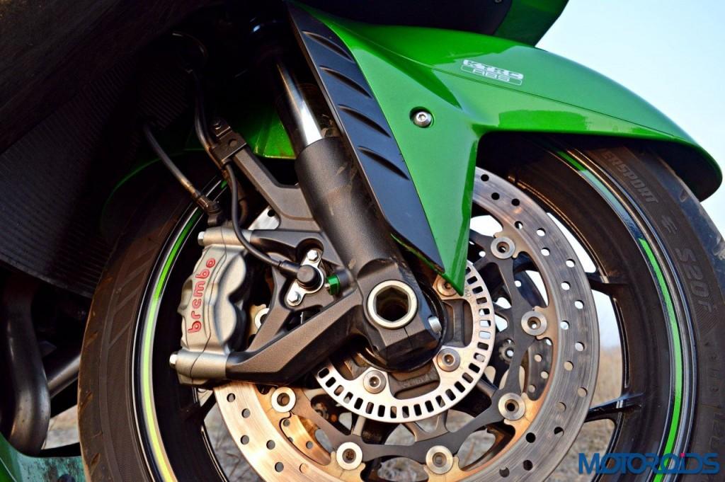2016 Kawasaki ZX-14R front brakes(51)