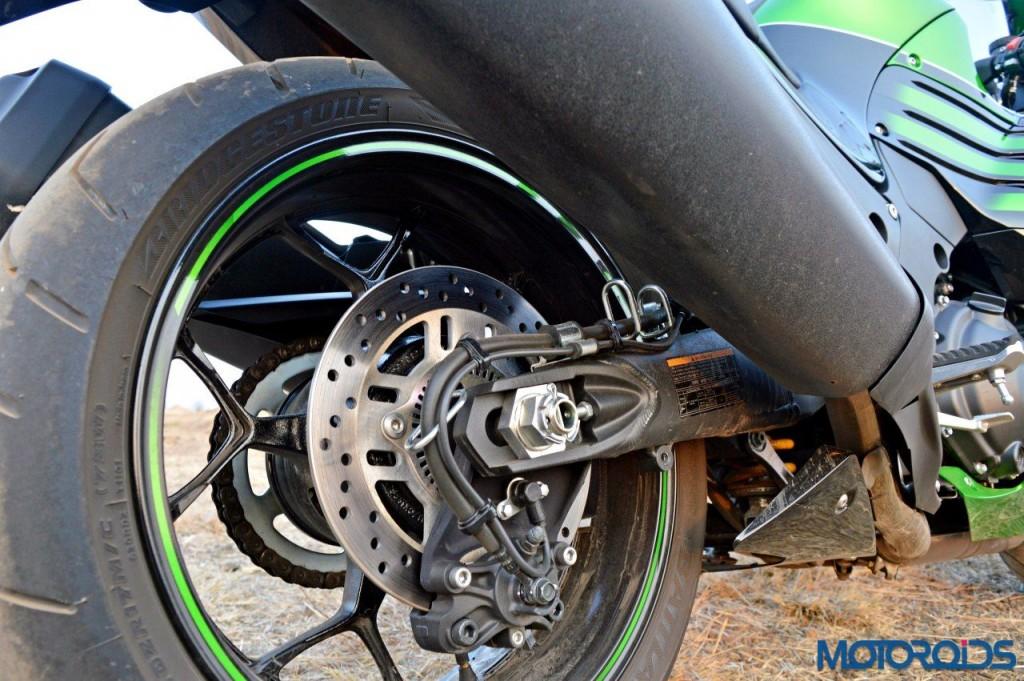 2016 Kawasaki ZX-14R rear wheel(62)
