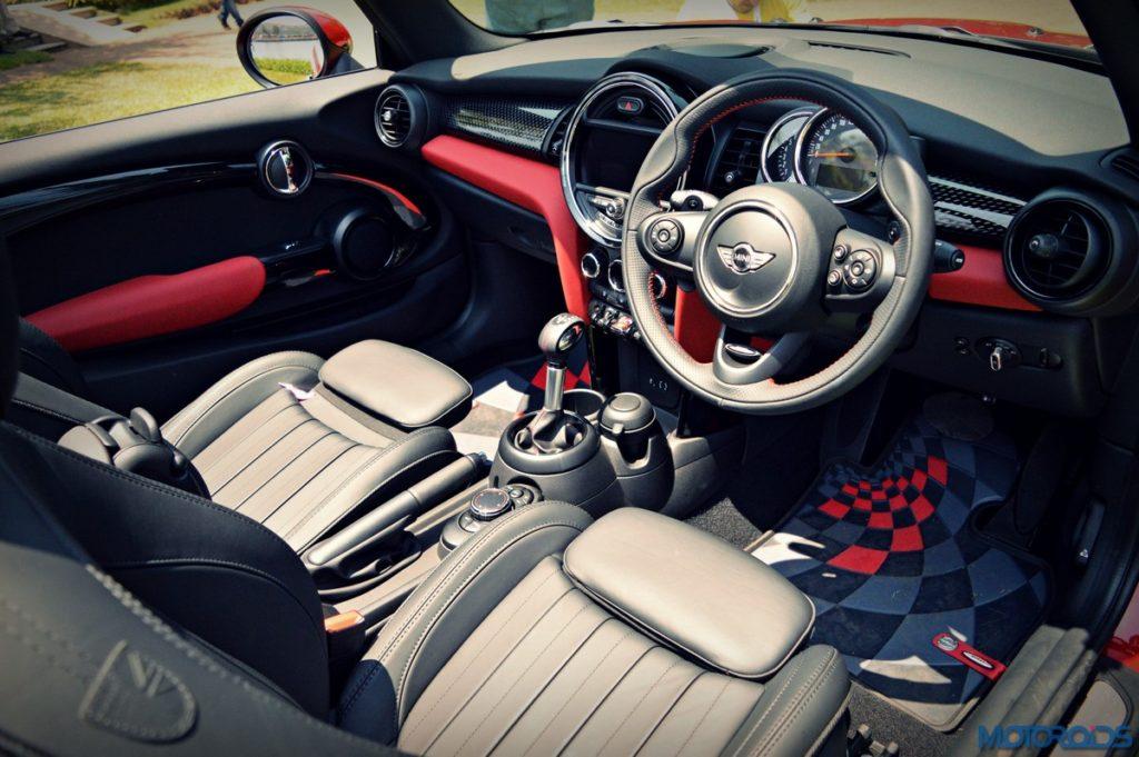2016 Mini Cooper Convertible India Interior (4)