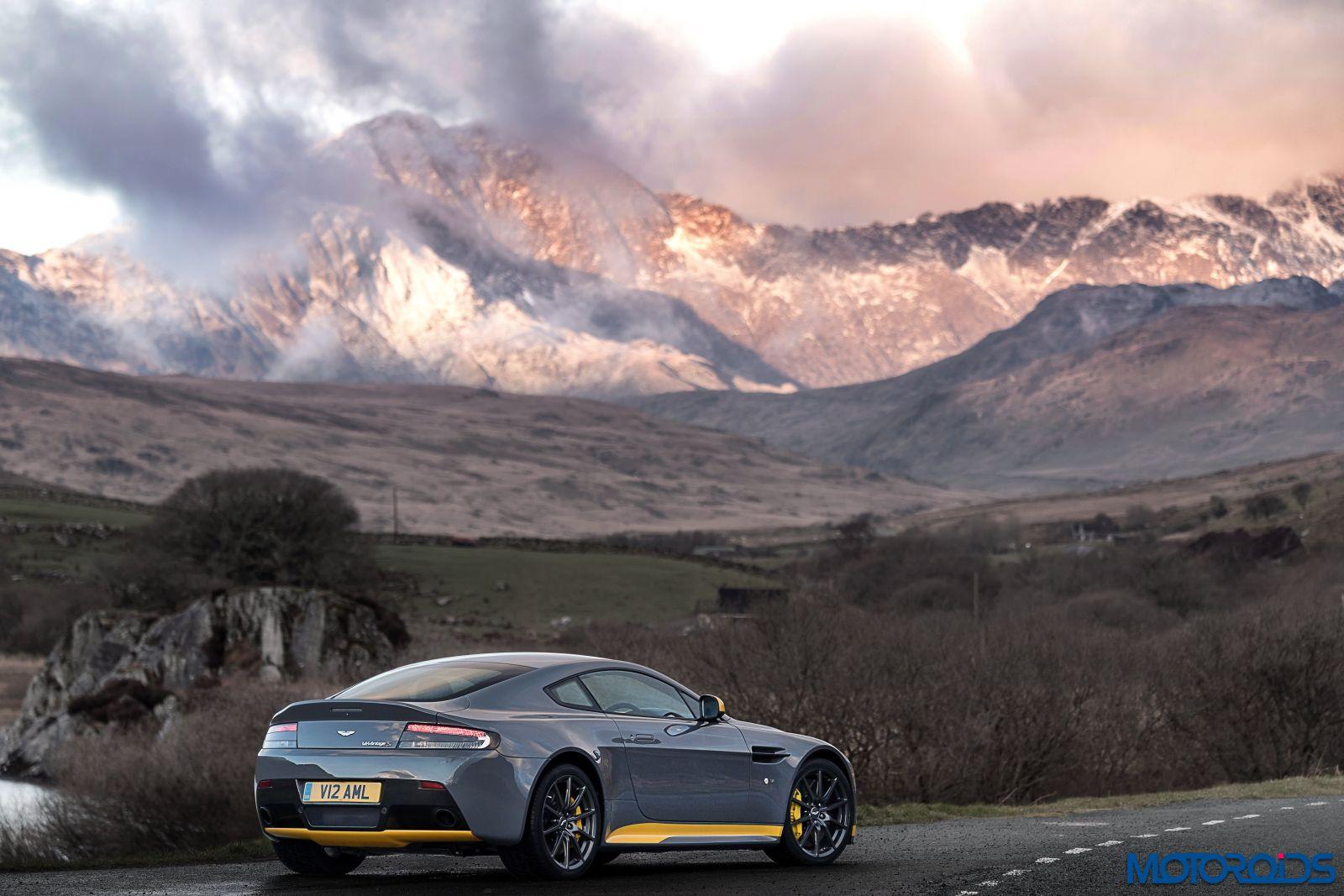 2017 Aston Martin V12 Vantage S Gets A 7 Speed Manual Transmission