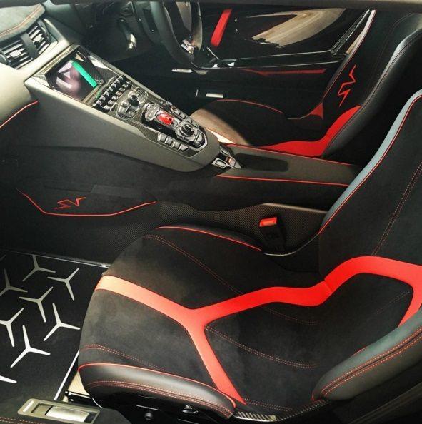 Aventador SV Roadster 5