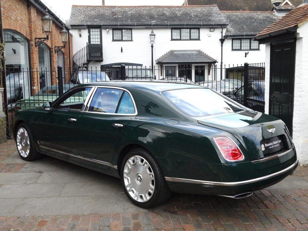 Bentley Mulsanne owned by Queen Elizabeth II (2)