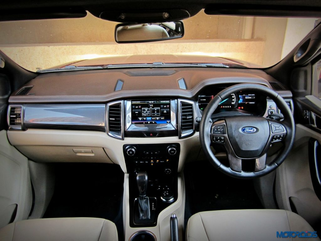 Ford Endeavour 3.2 AT dashboard