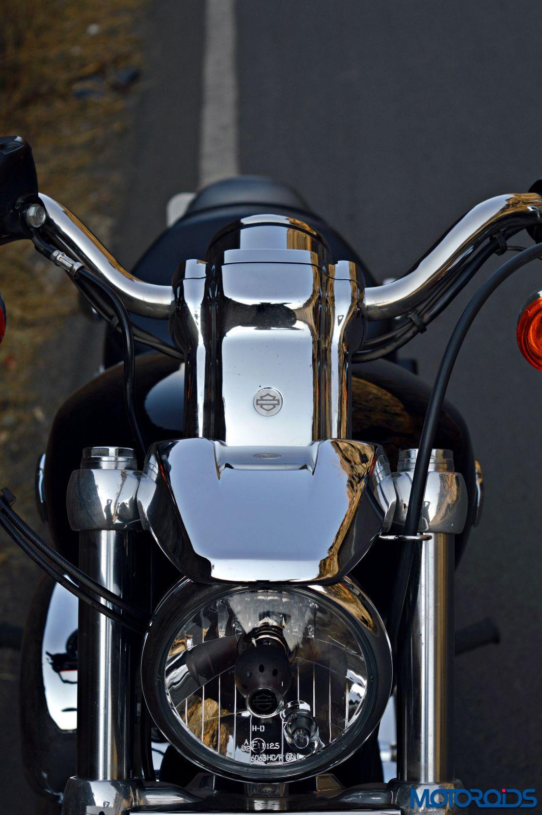 Harley-Davidson 1200 Custom Review - Details (50)