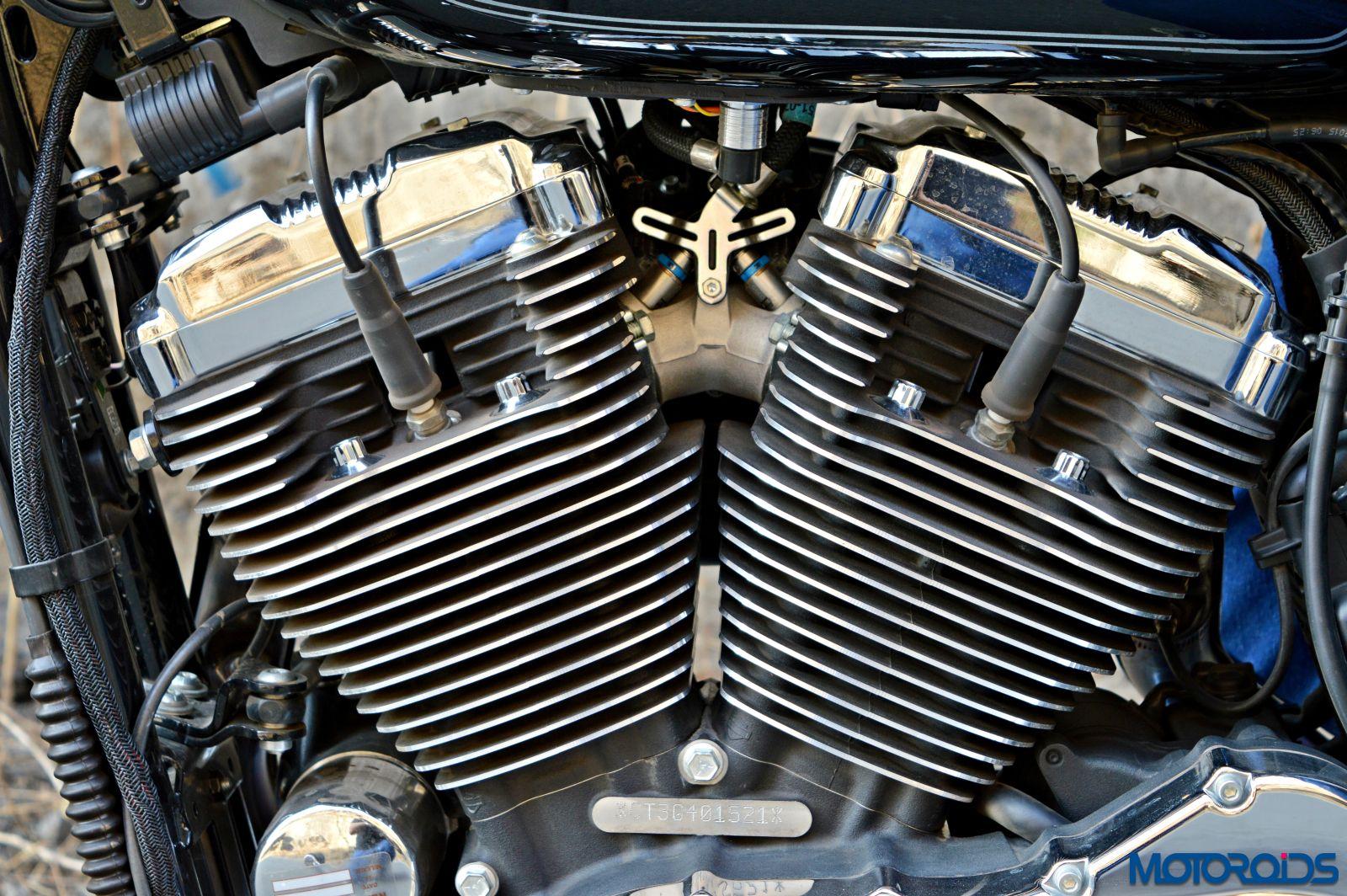Harley-Davidson 1200 Custom Review - Details - Engine (3)