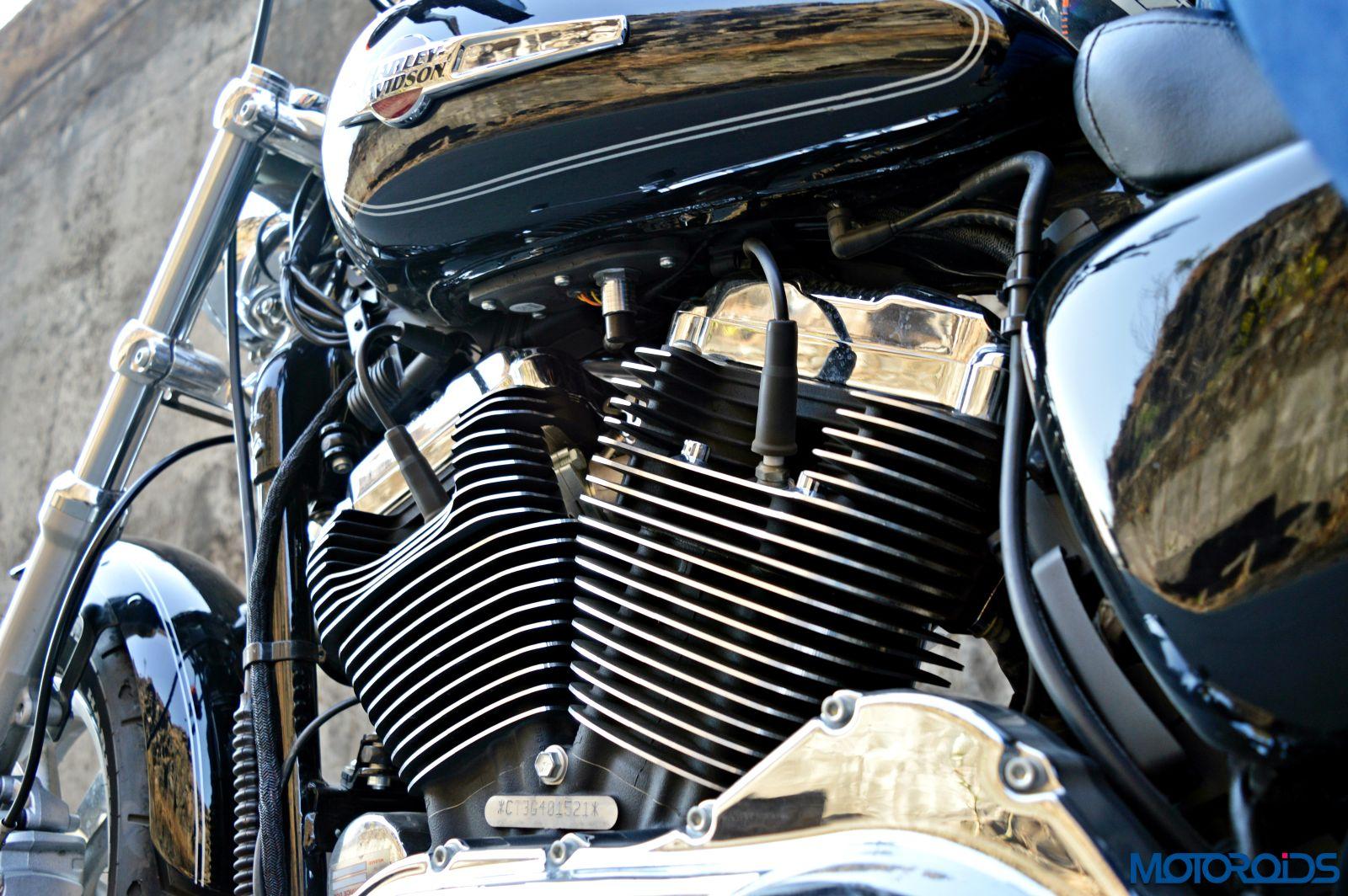 Harley-Davidson 1200 Custom Review - Details - Engine (5)