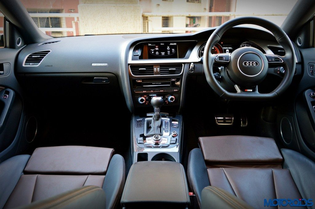 New 2016 Audi S5 dashboard (2)