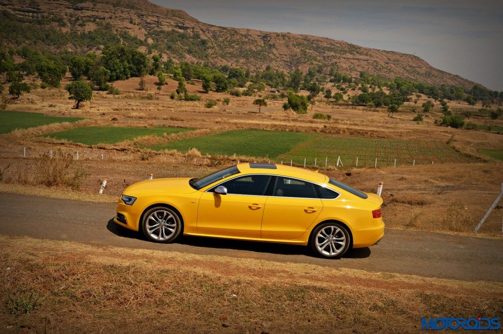 New Audi S5 side (2)