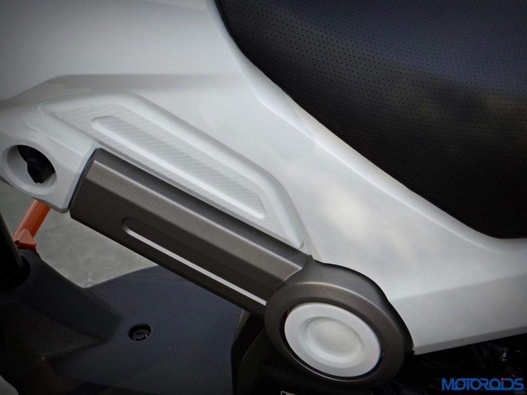 New Honda Navi Review side panels(61)