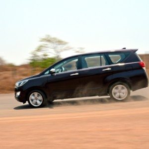 Official Release: New 2016 Toyota Innova Crysta drives into India, prices start at Rs 13.84 lakh