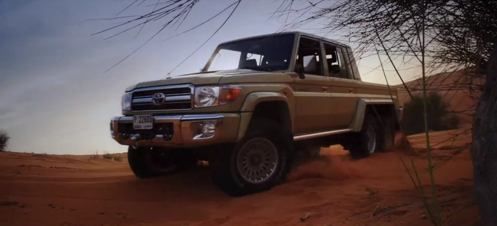 Toyota Land Cruiser 6x6 (5)