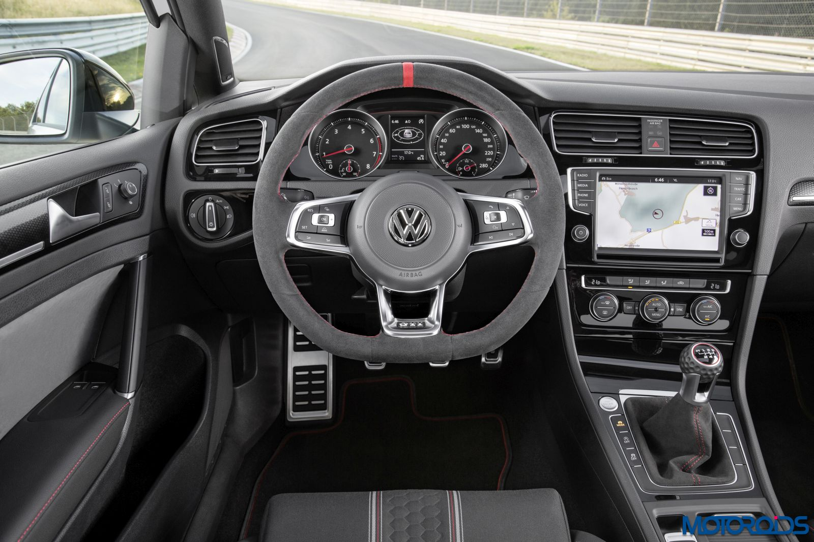Volkswagen Golf GTI Clubsport Edition 40 (13)