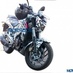 Camouflaged Bajaj Pulsar CS400 spied yet again undergoing technical tests