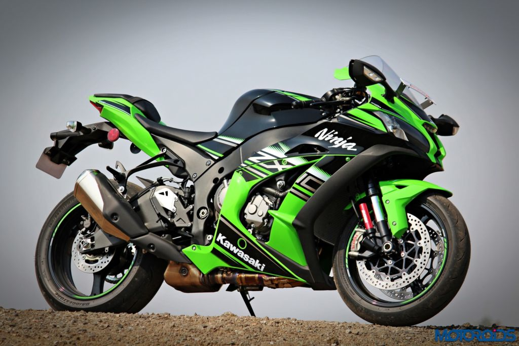 2016 Kawasaki Ninja ZX-10R - Review - Still Shots (11)