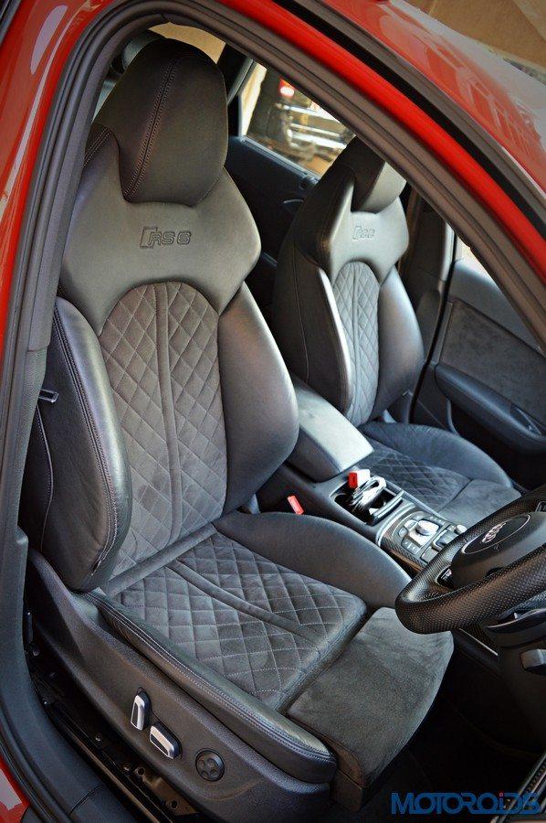 Audi RS6 Avant front seats