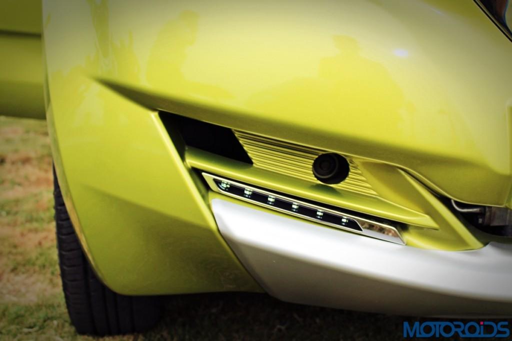 Datsun redi-Go DRL (1)