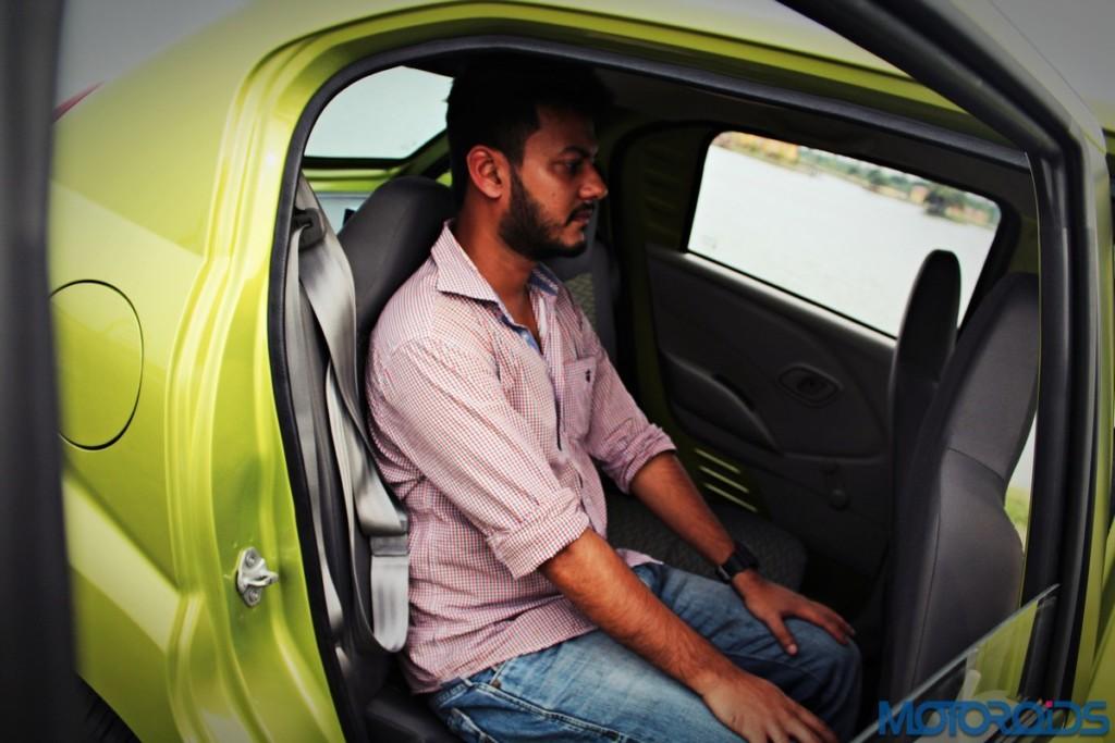 Datsun redi-Go rear seat (3)