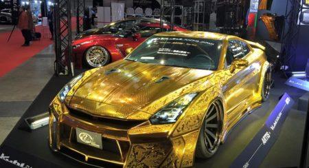 Engraved Goldmetal Paint Godzilla Nissan GTR (12)