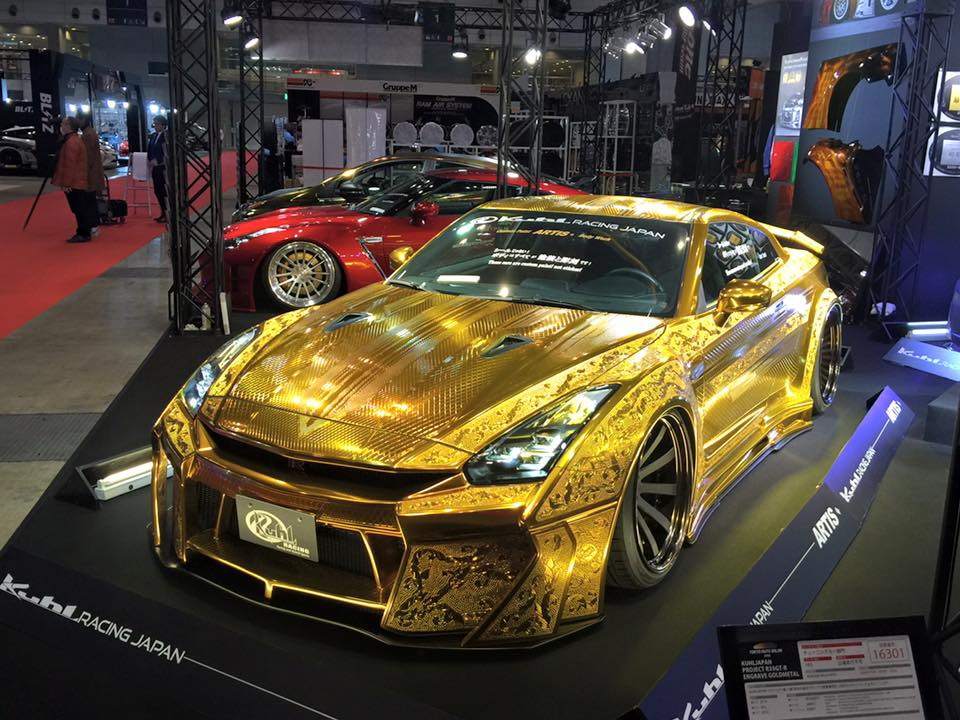 this gold plated finely engraved nissan gt r by kuhl racing will leave your eyes dazzled. Black Bedroom Furniture Sets. Home Design Ideas