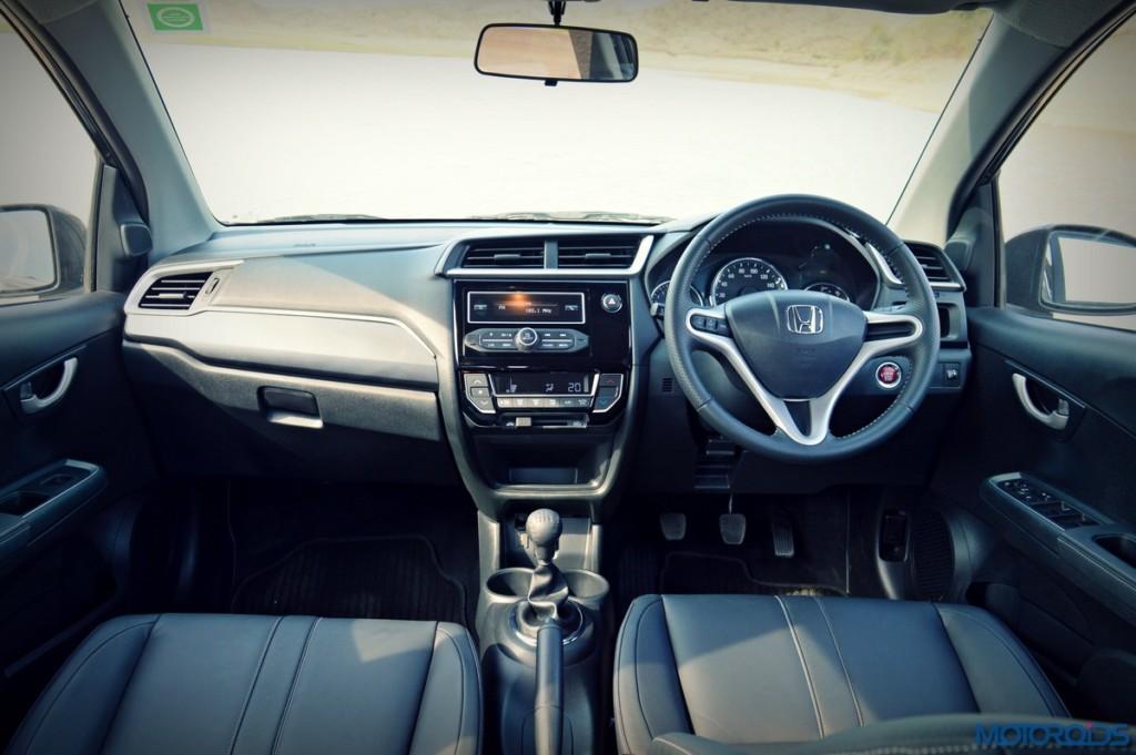 Honda BR-V dashboard (2)