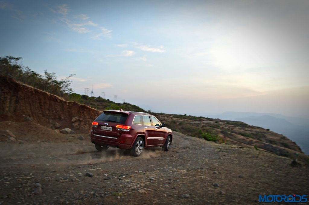 Jeep Grand Cherokee India action (3)