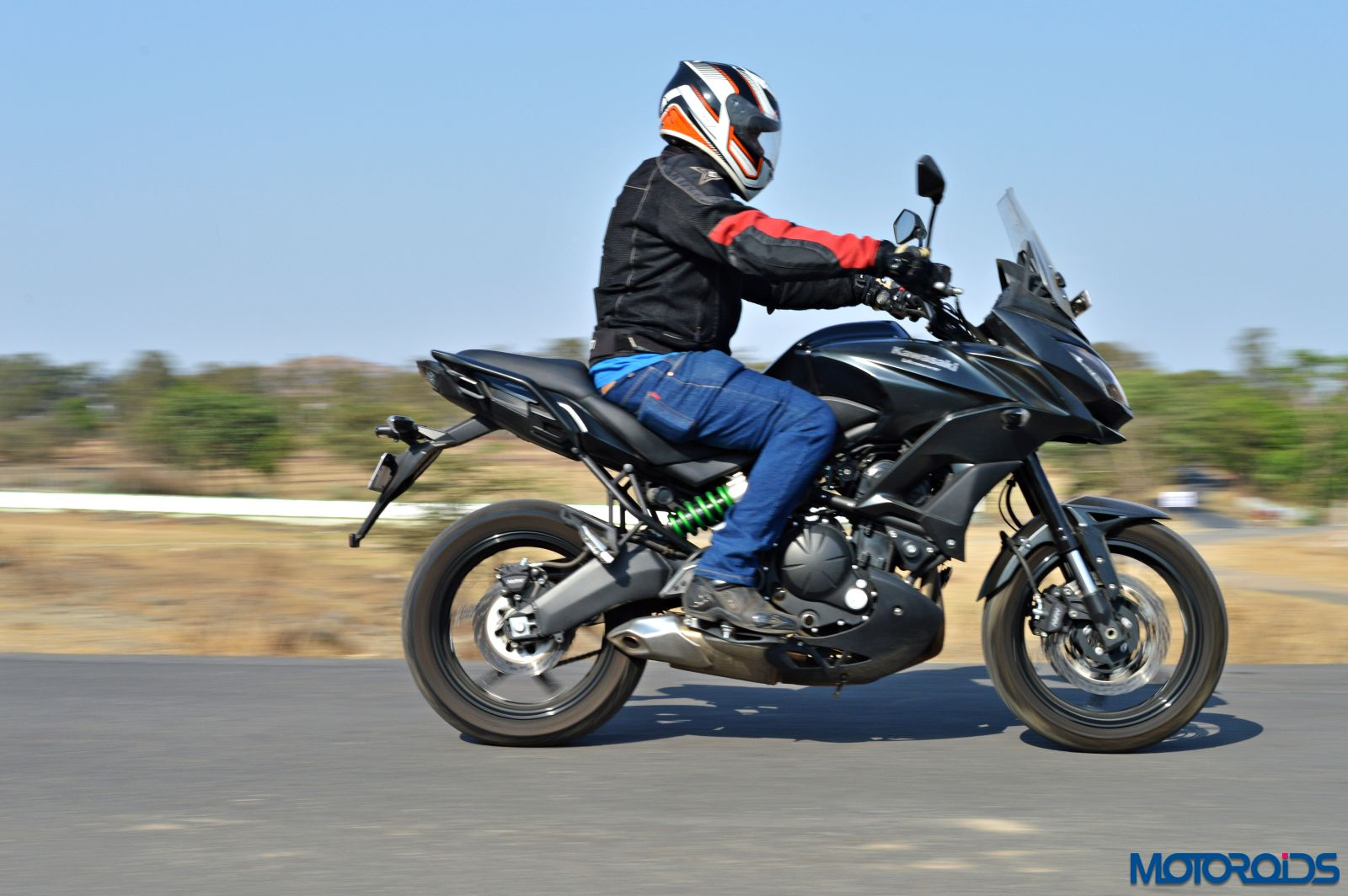 Kawasaki Versys 650 - Review - Action Shots (15)