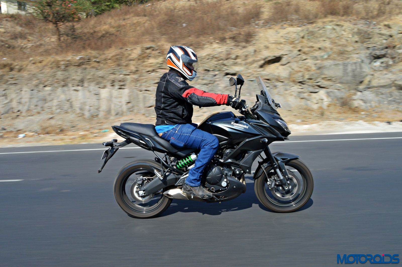 Kawasaki Versys 650 - Review - Action Shots (2)