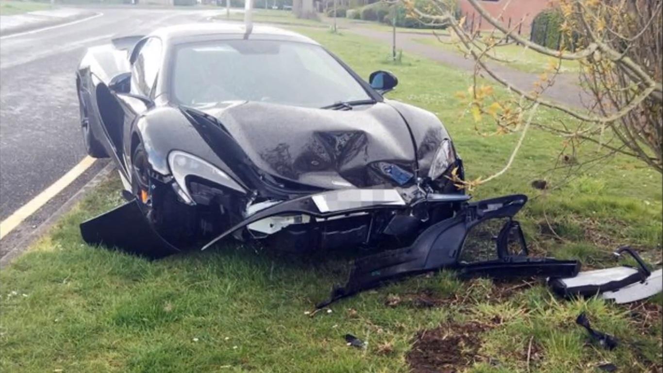 McLaren 650S crash 1